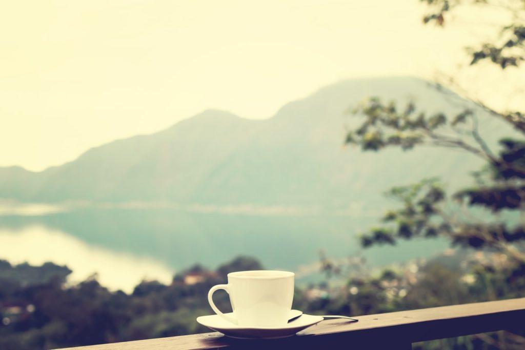 朝食はバターコーヒーだけ